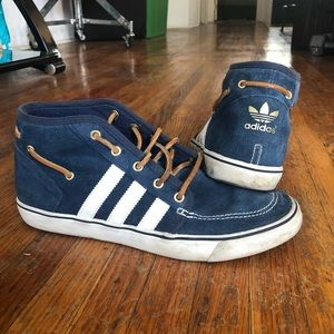 Blue sued men's adidas with leather laces